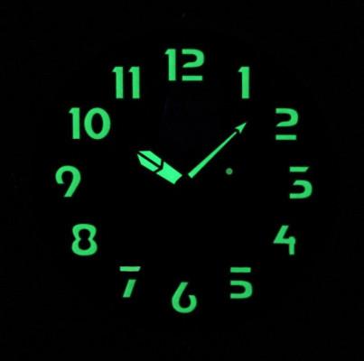 Rhythm  csendes fluoreszkáló falióra, CMG429NR19, Kvarc