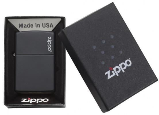 Zippo Classic Black Matte with Zippo Logo öngyújtó, Z218ZL